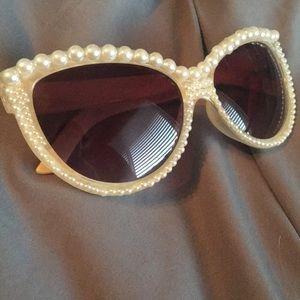 Francesca Pearl Sunglasses